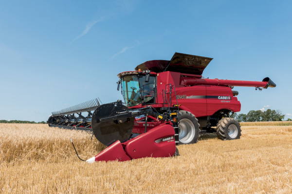 Case IH Farm 3152 Draper Head for sale at American Falls, Blackfoot, Idaho Falls, Rexburg, Rupert, Idaho