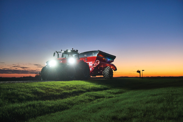 Case IH Farm AFS Connect Magnum™ 310 for sale at American Falls, Blackfoot, Idaho Falls, Rexburg, Rupert, Idaho