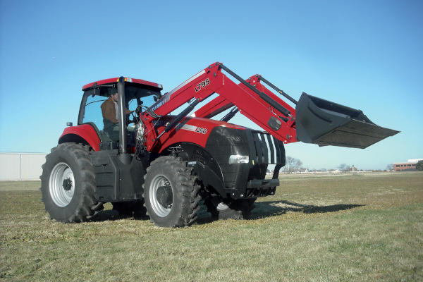 Case IH Farm | L705 Series Premium Loaders | Model L795 for sale at American Falls, Blackfoot, Idaho Falls, Rexburg, Rupert, Idaho