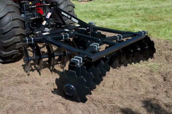 Case IH Farm Work EZ® Disk Harrow for sale at American Falls, Blackfoot, Idaho Falls, Rexburg, Rupert, Idaho