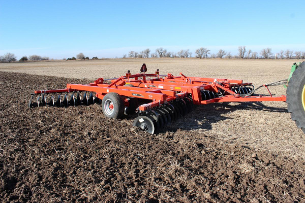 Kuhn | Class I: Seedbed Finishing | 7305 Tandem for sale at American Falls, Blackfoot, Idaho Falls, Rexburg, Rupert, Idaho