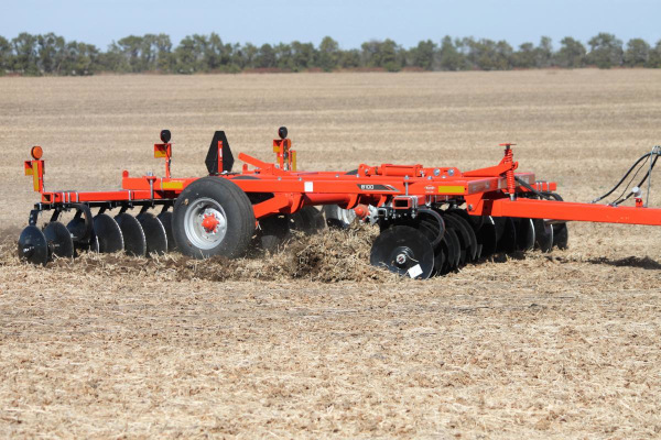 Kuhn | Class I: Seedbed Finishing | 8100 Tandem for sale at American Falls, Blackfoot, Idaho Falls, Rexburg, Rupert, Idaho