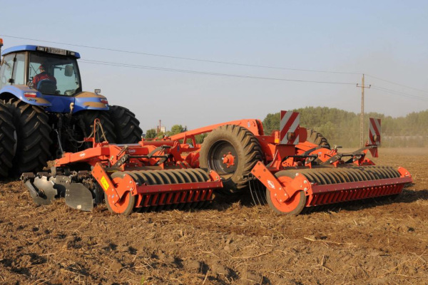 Kuhn OPTIMER+ 303 for sale at American Falls, Blackfoot, Idaho Falls, Rexburg, Rupert, Idaho