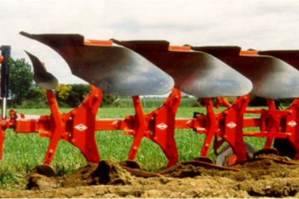 Kuhn | Master 103 | Model MASTER 103 T - 4 bodies for sale at American Falls, Blackfoot, Idaho Falls, Rexburg, Rupert, Idaho